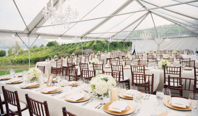 How to choose the right party rental furniture